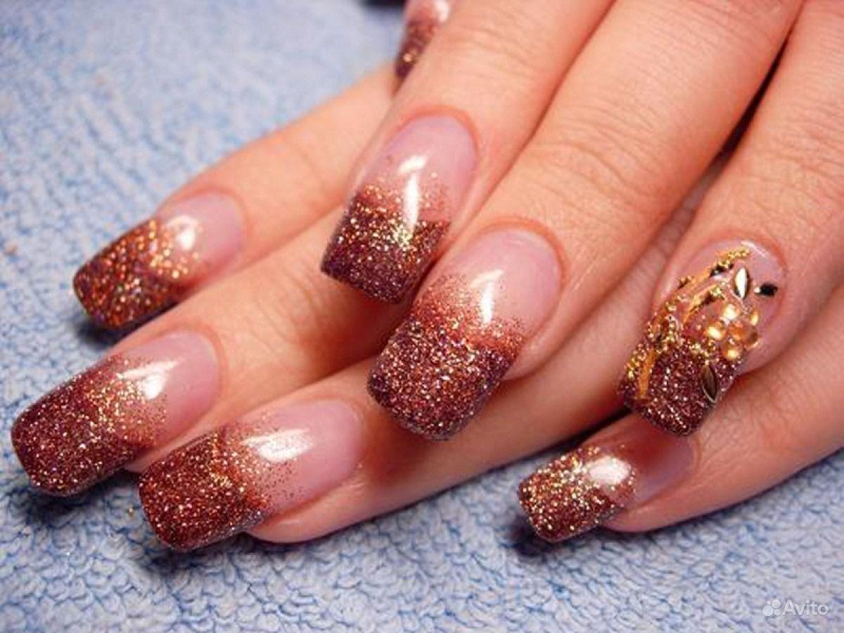 Гелевые ногти с блестками дизайн