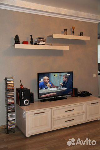 Полки над телевизором фото