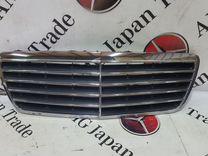 Решетка капота рестайл на Mercedes-Benz W210