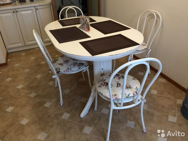 Обеденный стол и стулья   авито