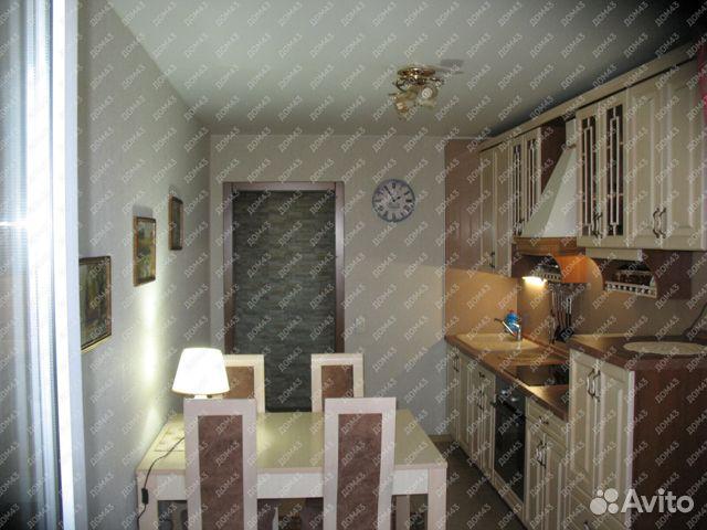 Продается двухкомнатная квартира за 5 685 000 рублей. г Киров, ул Чапаева, д 8Б.