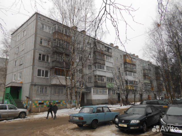 Продается двухкомнатная квартира за 2 300 000 рублей. г Сыктывкар, ул Карла Маркса, д 178.
