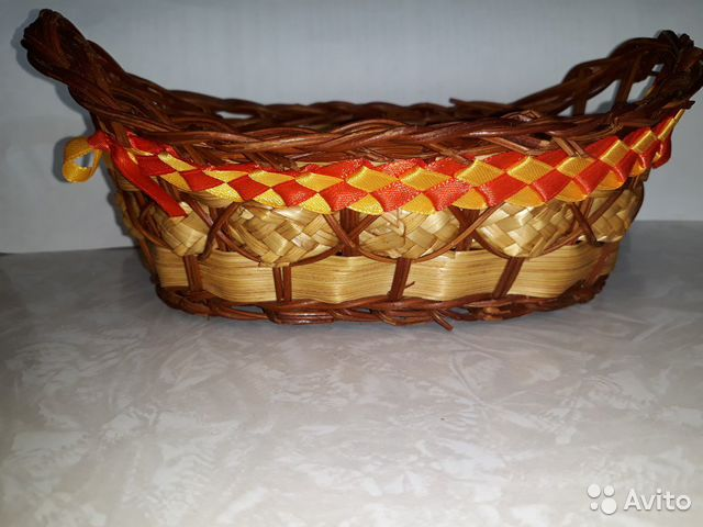 Плетеная карзинка