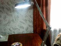 Лампа-лупа на струбцине круглая настольная 5Х