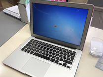 Apple MacBook Air 13.3/1.3GHz/4GB/256GB Flash Stor