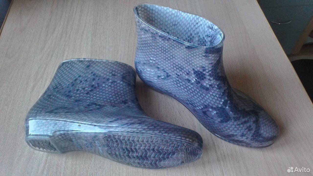 Короткие резиновые сапожки  89525015613 купить 2