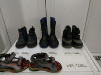 Резиновые сапоги и две пары ботинок 25 размера