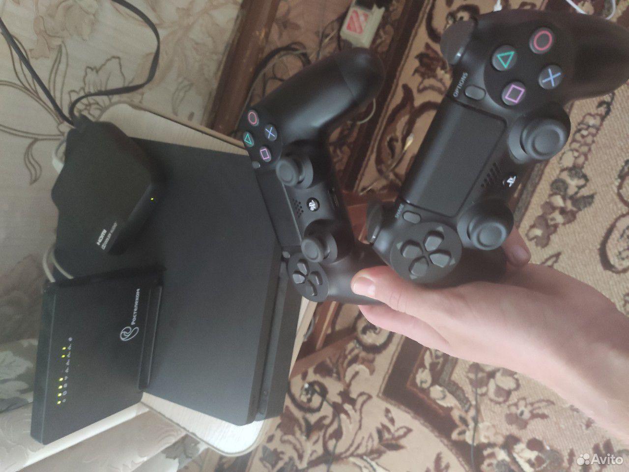 Продам Sony PS4  89940114073 купить 1